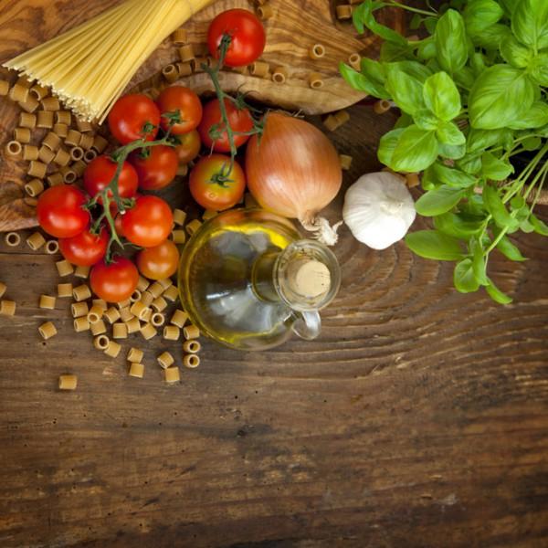 Ensemble de légume et d'huile d'olive Buffet Drummondville